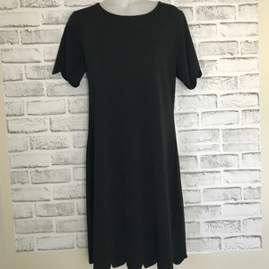 Dresses & Skirts - Cute Stretchy Black Dress with petal cut trimming